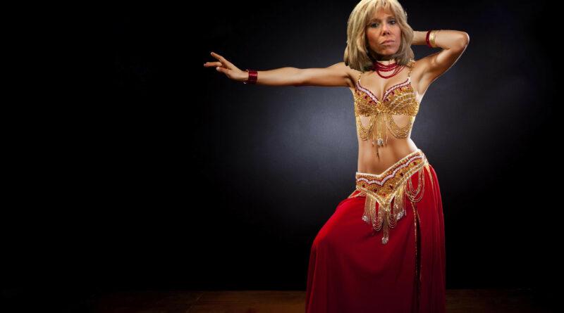 Macron : «J'ai inscrit Brigitte  à la danse orientale en signe de paix»