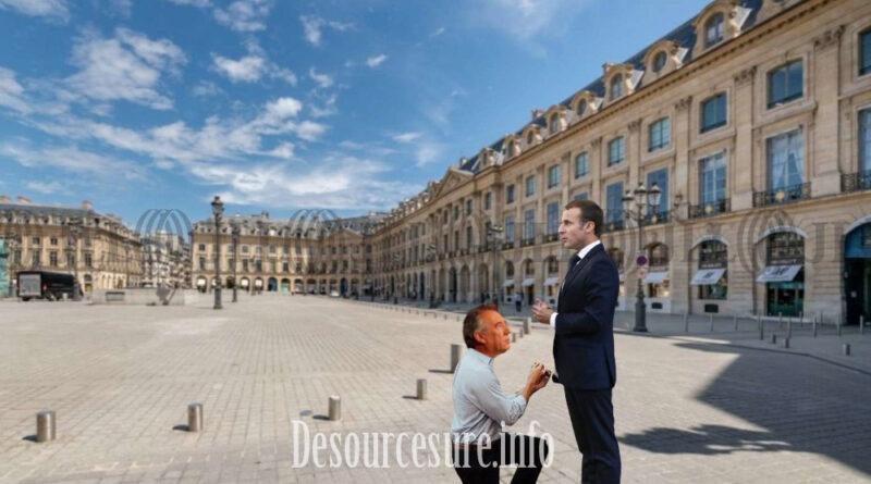 François Bayrou demande Emmanuel Macron en mariage sur la place Vendôme.