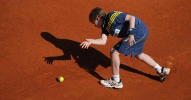 RG : les Français éliminés au 1er tour continueront le tournoi en tant que ramasseurs de balles