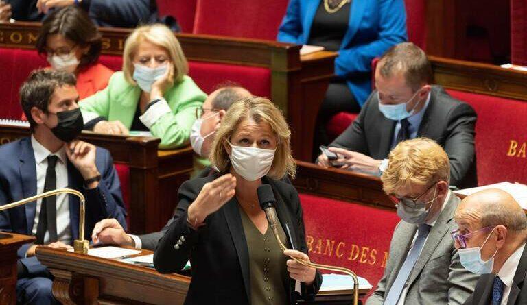 Pompili : «Bénéficiez de 10% à la pompe avec le code Macron2022»